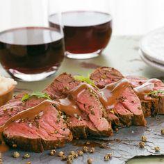 Imagen nuevas_recetas/Lomo-de-res-en-salsa-de-vino-tinto,-pimienta-verde-y-mostaza.jpg