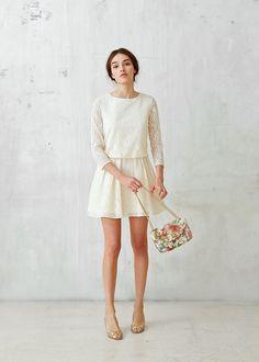 Born in Paris, by Morgane Sézalory, we're for quality, savoir-faire & the perfect cut. Modest Fashion, Love Fashion, Spring Fashion, Simple Dresses, Summer Dresses, Civil Wedding Dresses, Couture, Parisian Style, Mode Style