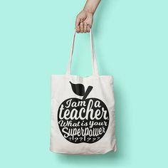 I am a teacher what is your superpower tote door StudioInktvis op Etsy World Teacher Day, World Teachers, My Teacher, School Teacher, Teacher Appreciation Gifts, Teacher Gifts, Teacher Tote Bags, Teacher Birthday, Foto Poster