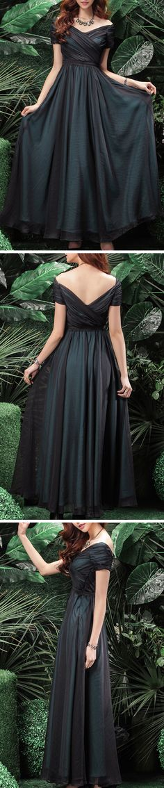 We're doing everything we can to get you flirting this season, and this Elegant Pleated Swing Maxi Dress is a good example. It gives an awesome silhouette and shows your beauty completely. Find it at OASAP!