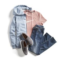 I like the colors & the comfort of this outfit. Stitch Fix Casual Athleisure Outfit Ideas Weekend Outfit, Weekend Wear, Casual Weekend, Weekend Style, Casual Work Outfits, Cute Outfits, Fashionable Outfits, Summer Outfits, Casual Jeans