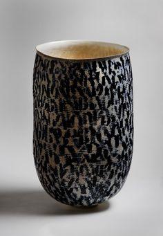 Ceramist Jane Reumert (Danish: 1942)