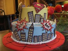 Superhero cake - @Marianne Burchard Design Whitney, I totally thought of your big kid when I saw this!  : )