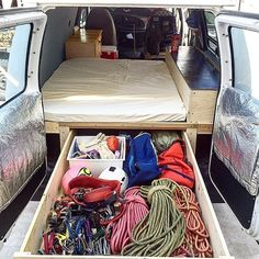 We've posted this shot before but wanted to post it again because: it's so awesome and we have so many new followers who might not have seen it before. | Photo: @summitsender #climbing #rockclimbing #climbinggear #tradisrad #vanlife #gearstoke #weighmyrack