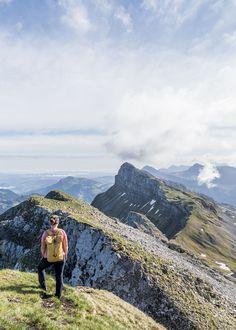 Aussicht vom Hengst  - tolle Wanderung im Entlebuch Entlebucher, Switzerland, Wonderland, Hiking, Mountains, Places, Nature, Travel, Snow Mountain