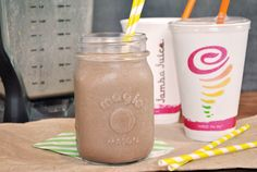 Jamba Juice Peanut Butter Moo'd Smoothie  Poster said: Ok I worked for Jamba for over 7 years, the smoothie recipe is 8 oz of Chocolate soy milk, 3-4 scoops of frozen yogurt, 1-2 scoop of frozen bananas, 2 table spoons of peanut butter, and 1 scoop of crushed ice then blended to perfection! -