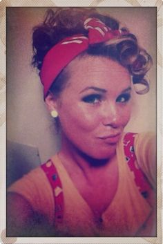 Pin up hair 1940