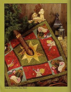 This would go with my nativity collection!  nacimiento quilt base de árbol by ana999.rm, via Flickr