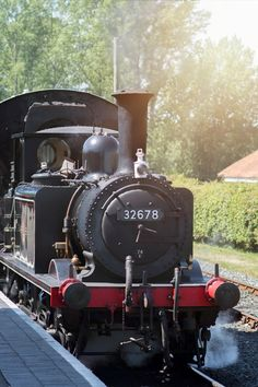 Kent and East Sussex Railway Bodiam Station locomotive Football Poses, Steam Railway, Southern Railways, British Rail, Rolling Stock, Group Of Companies, Steamers, Steam Engine, Steam Locomotive