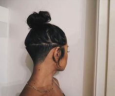 2 Nape Undercut You are in the right place about undercut long hair dyed Here we offer you the most Girl Undercut, Shaved Undercut, Undercut Long Hair, Undercut Women, Undercut Hairstyles Women, Updo Hairstyle, Undercut Hair Designs, Undercut Styles, Curly Hair Styles