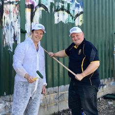 #Graffiti Removal Day 2017 removes about 3 football fields of graffiti with up to 1900 volunteers #GRD17 #http://LoveWhereWeLivepic.twitter.com/WMJaopxwCB