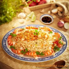 vietnamese-fried-rice-with-prawn-com-chien-tom