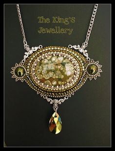 Rhyolite gemstone, olive green, I guess I was inspired by Autumn! By: Astrid de Koning, The King's Jewellery