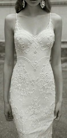 So elegant and simple, really pretty.T lace wedding dress