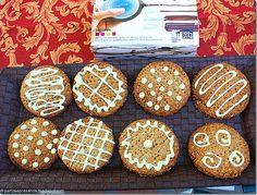 Decora i tuoi biscotti con la pompetta Decomax di Lékué...