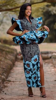 Native skirt and blouse Most Fashionable Native Ankara Skirt & Blouse styles You Should Try Ankara Skirt And Blouse, Ankara Dress Styles, Latest Ankara Dresses, African Fashion Ankara, Latest African Fashion Dresses, African Dresses For Women, African Print Dresses, African Print Fashion, Africa Fashion