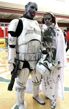 FREAK Y!  Zombie Stormtrooper and Princess Leia - so awesome!