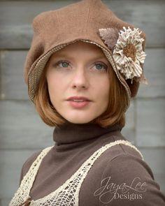 Slouch Cloche Hat in Brown Linen by Jaya-Lee Designs. #Lagenlook