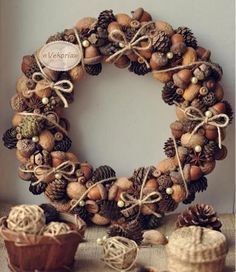 10 Ways to Make Stunning Thanksgiving Wreaths via @oubly