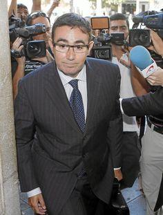 Ha entregado al juez del 'caso Nóos' varios correos electrónicos El juez Castro considera 'hiriente' que la Infanta Cristina no esté imputada de más delitos