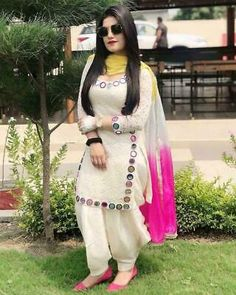 Photo by ❤️🙏 SwAgEr PuNjAbAn 🙏❤️ on September Image may contain: one or more people, people standing, sunglasses and outdoor Punjabi Suit Neck Designs, Patiala Suit Designs, Neck Designs For Suits, Kurta Designs Women, Dress Neck Designs, Patiala Dress, Punjabi Dress, Patiala Salwar Suits, Indian Salwar Kameez