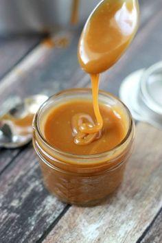 Super Easy Caramel Sauce by Domestic Superhero