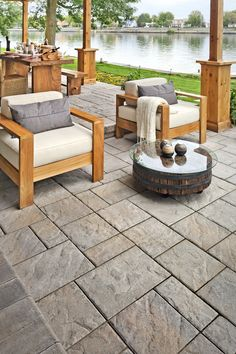 Landscaping design ideas for patios made out of brick pavers, concrete pavers or stone pavers. Backyard landscape design pictures of pergolas, gazebo's, patio enclosures and patio bars. Concrete Patio Designs, Concrete Patios, Backyard Patio Designs, Diy Patio, Backyard Landscaping, Patio Ideas, Paving Stone Patio, Slate Patio, Patio Slabs