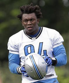 ALLEN PARK, Mich. (AP) — Detroit Lions defensive end Ezekiel Ziggy Ansah got into his stance, ready to fire off the line for a pass-rushing