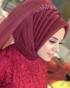 Likes, 43 Comments - İpek Bayan Kuaforü ( on Instagr. Muslimah Wedding Dress, Muslim Wedding Dresses, Muslim Brides, Muslim Dress, Hijab Dress, Bridal Dresses, Muslim Girls, Turban Hijab, Makeup Hijab
