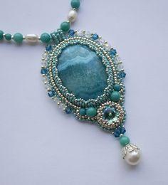 Yandeks.Fotki Seed Bead Jewelry, Pendant Jewelry, Beaded Jewelry, Beaded Necklace, Beaded Bracelets, Handmade Jewelry, Jewelry Crafts, Necklaces, Bead Embroidery Jewelry