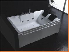 XXL Deluxe Computerized Whirlpool Jacuzzi 2 PERSON HotTub HYA 032   Image 1    Jetted BathtubJacuzziBathroom  2 Person Soaker bathtub with customizable jets  waterfall  and  . 2 Person Soaking Tub Freestanding. Home Design Ideas