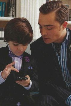 obsessed. Cuuuute!!! Chuck and his son from series finale of Gossip Girl!!!! <3
