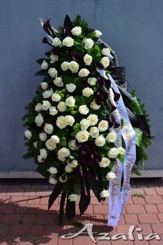 Kwiaciarnia Azalia :: Bukiety okolicznościowe, Florystyka Ślubna, Komunijna, Żałobna, Dekoracje Pretty Flowers, Plants, Funeral Flower Arrangements, Funeral Arrangements, Crowns, Beautiful Flowers, Plant, Planets