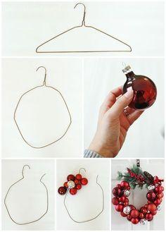 DIY Idee: Einen Weihnachtskranz ganz einfach mit einem Drahtkleidrbügel und Christbaumkugeln basteln