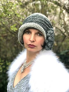 Ravelry: Designs by Janina Winkler Crochet Adult Hat, Crochet Beanie, Cute Crochet, Knitted Hats, Knit Crochet, Crochet Hook Sizes, Crochet Hooks, Fashion Star, Fashion Fashion