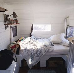 Boho interior: gypsy wagon. Via with-grace-and-guts, source: Hannah Ferrara {anotherfeather.com // Instagram}