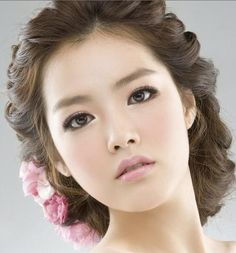 korean asian wedding makeup and hair .. the pastel pinks make this a good look for spring. for fall, switch from pastel pinks to warmer peach tones