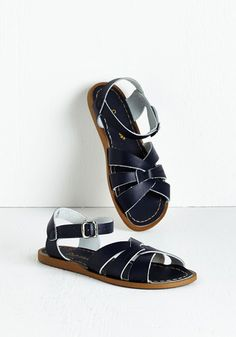Salt Water Outer Bank on It Sandal in Blue. A sunny reception from your friends is a shore thing when you come dancing across the dunes in these classic shoes by Salt Water Sandals! #blue #modcloth
