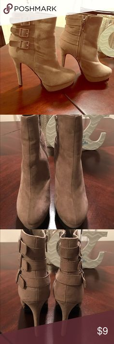 Heeled booties Super cute heeled booties great condition Shoes Heeled Boots