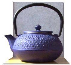 Cast Iron Daisy Purple Tetsubin teapot kettle 0.6 litre Japanese style Gifts Of The Orient http://www.amazon.co.uk/dp/B002GJNNTS/ref=cm_sw_r_pi_dp_Wxtnvb0BTM4DX
