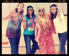 Peace and Love 70's Day!