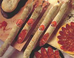 Chorizos culares blanco y rojo  http://www.uco.es/organiza/departamentos/prod-animal/economia/dehesa/chorizo.htm