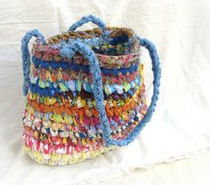 Upcycled Textiles, Recycled Fabric, Crochet Purse Patterns, Crochet Purses, My Bags, Purses And Bags, Hand Crochet, Knit Crochet, Fabric Purses