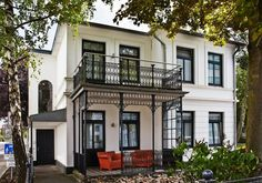 Number One Guesthouse Number One, Hotels, Mansions, Night, Architecture, House Styles, Home Decor, Hamburg, Arquitetura