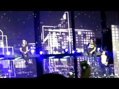 one direction - little things - vancouver 27/7/13 - YouTube