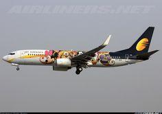 """Jet Airways """"Disney Channel"""" Boeing 737-85R @ BOM"""