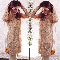 #UzmaKhan wears a dazzling #Farazmanan number to her sisters wedding ✨✨✨ #style #fashion #weddings #weddinginspo #brides #bridals #bridalinspo #spotted #dazzling #stylewelove #styleinspo #stylegoals #StylePhilepk