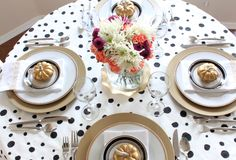 Thrifty DIY Thanksgiving Table!