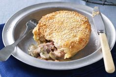 Chicken, mushroom and bacon pies Embrace the cold weather by curling up in front of the heater and watching the football while tucking into this tummy warmer. Bacon Recipes, Tart Recipes, Chicken Recipes, Cooking Recipes, Batch Cooking, Easy Cooking, Turkey Recipes, Chicken And Mushroom Pie, Bacon Mushroom
