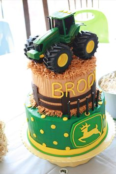 John Deere Cake for refreshments afterwards or cupcakes (get Bekah to make them) Cupcakes, Cupcake Cookies, Beautiful Cakes, Amazing Cakes, Farm Birthday, Birthday Ideas, Birthday Cakes, Happy Birthday, Tire Cake